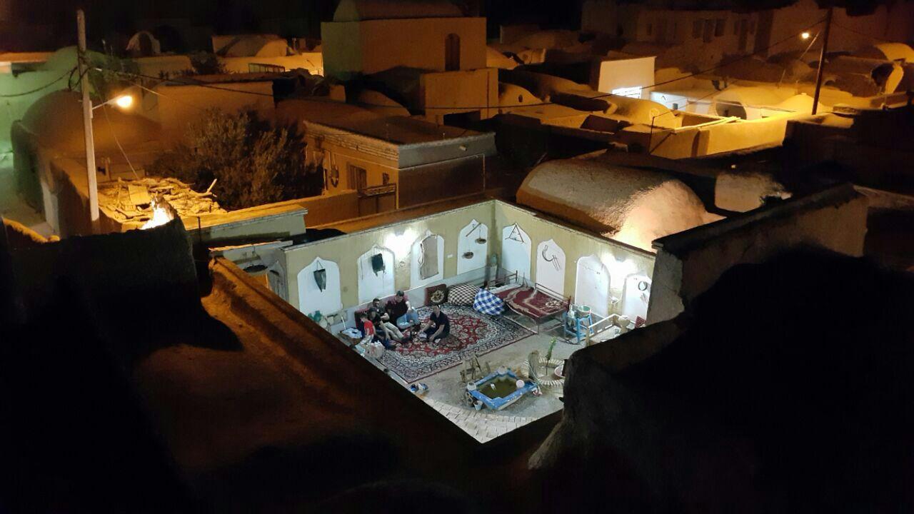 بومگردی قلعه تیزوک اتاق 9