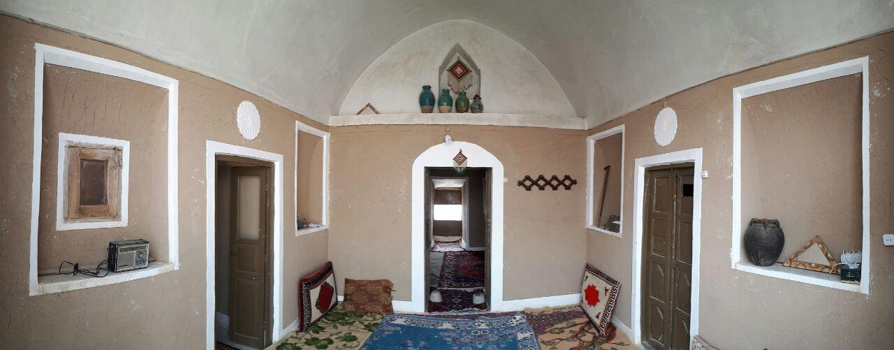 بومگردی قلعه تیزوک اتاق 12