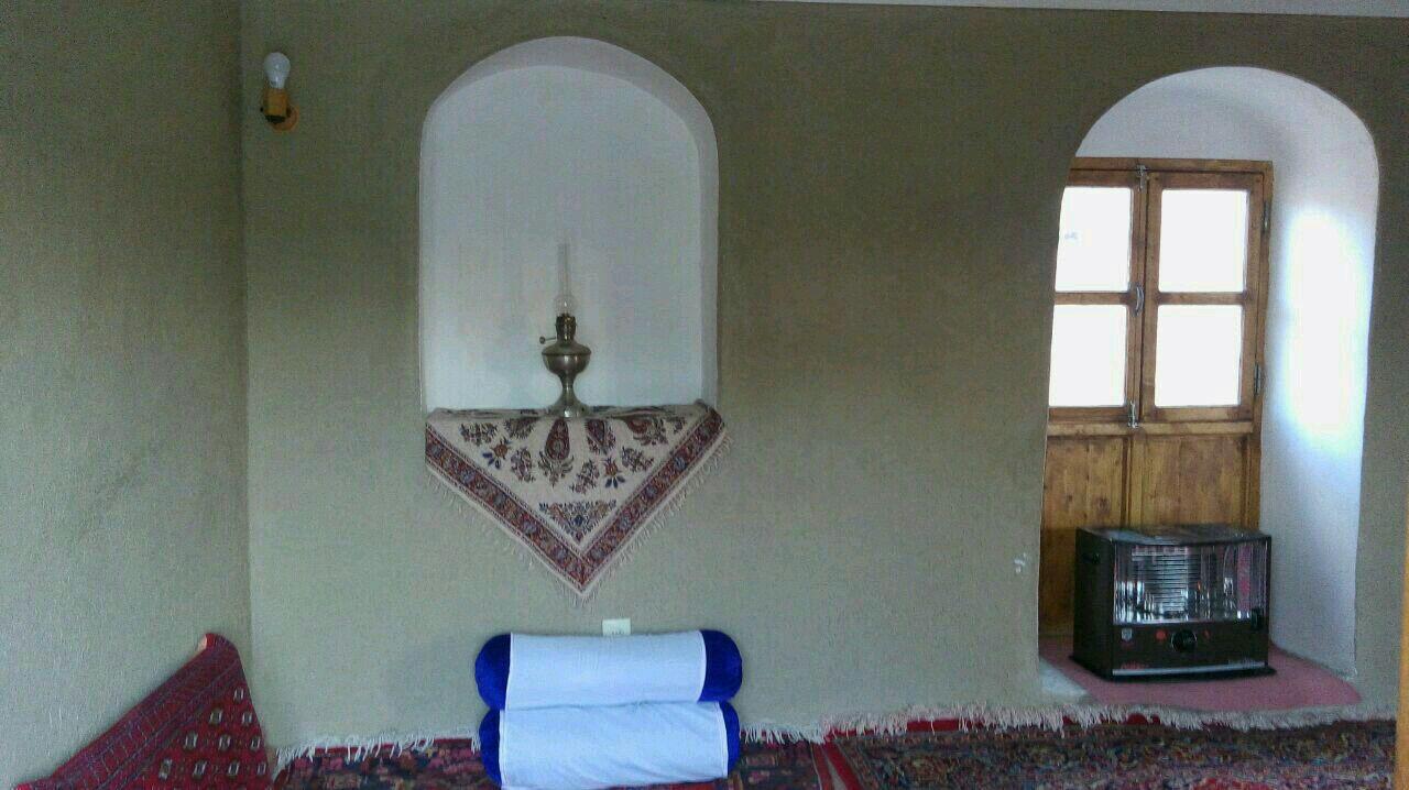 سنتی آق سید ذبیه الله اتاق 3