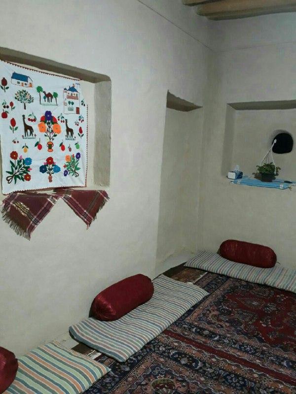 چشمه مراد شاهرود اتاق 4