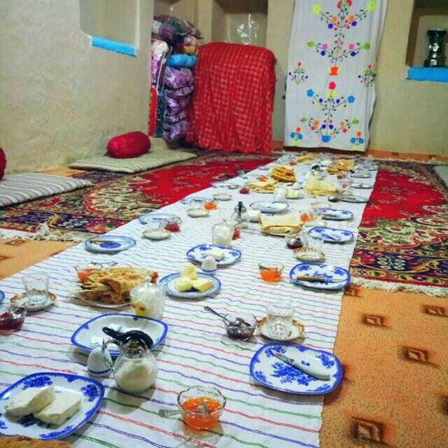 چشمه مراد شاهرود اتاق 8
