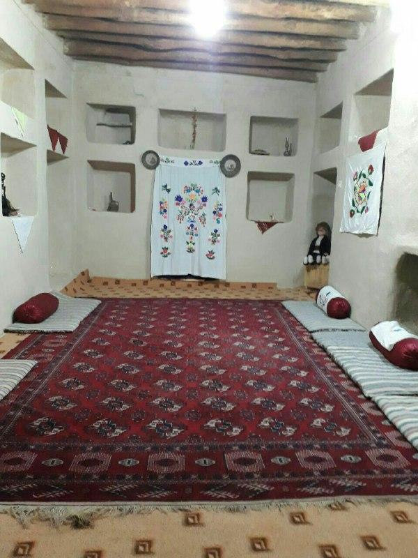 چشمه مراد شاهرود اتاق 19