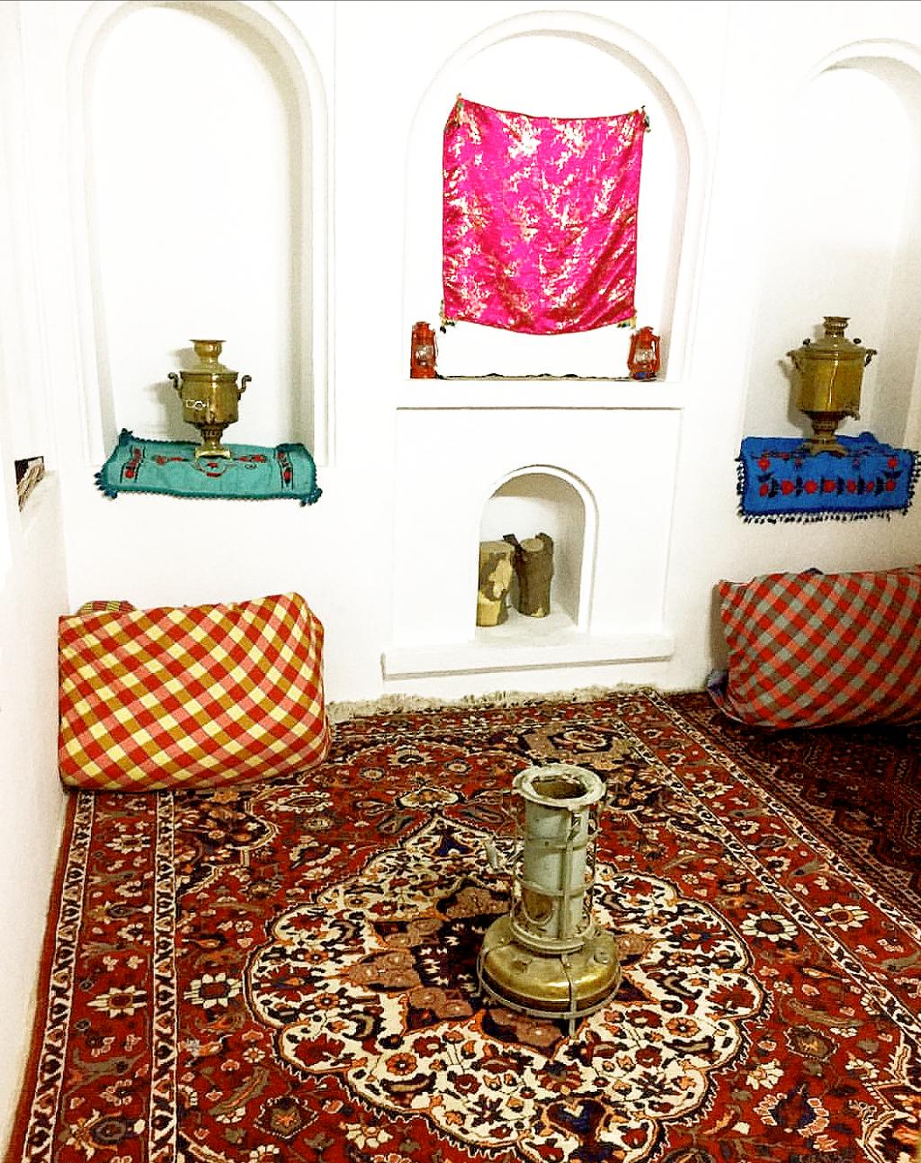 اتاق گلبهار