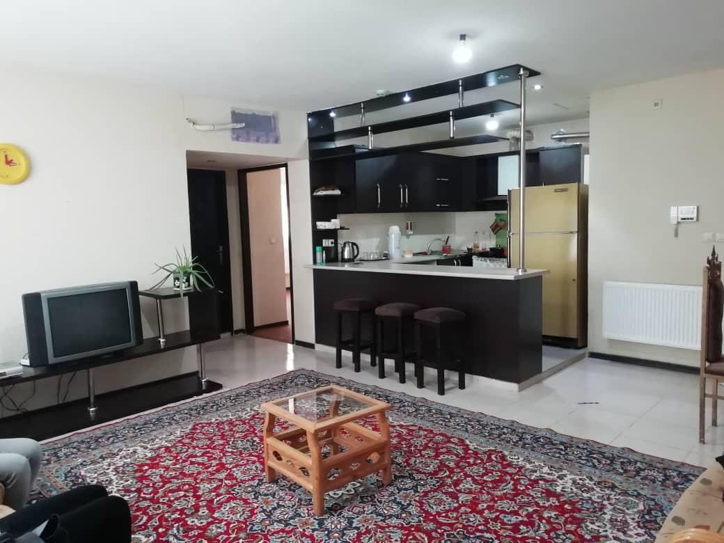 آپارتمان مبله شیک واقع در صدرا