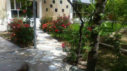 اقامتگاه باغ زیبا