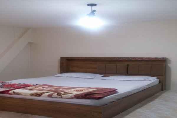 اقامتگاه  خانه مسافر آراد 1خوابه 2