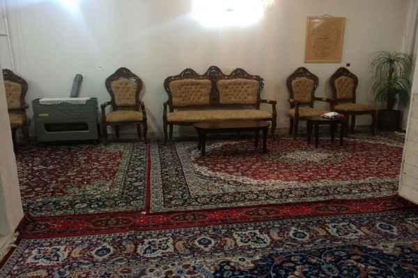 اقامتگاه  بابا کاظم ویلایی طبقه اول