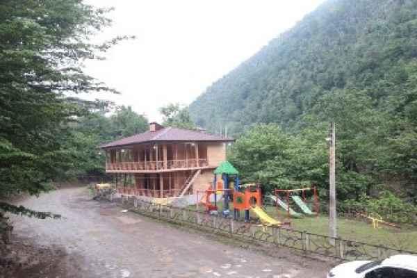 اقامتگاه  ویلای چوبی قلی پور 4
