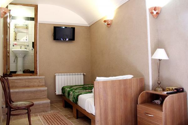اقامتگاه  خانه سه نیک اتاق میترا