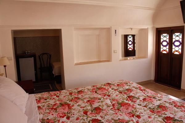 اقامتگاه  خانه سه نیک اتاق گیو