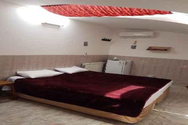 اقامتگاه  اقامتگاه جنگل اتاق 5 تخته 1