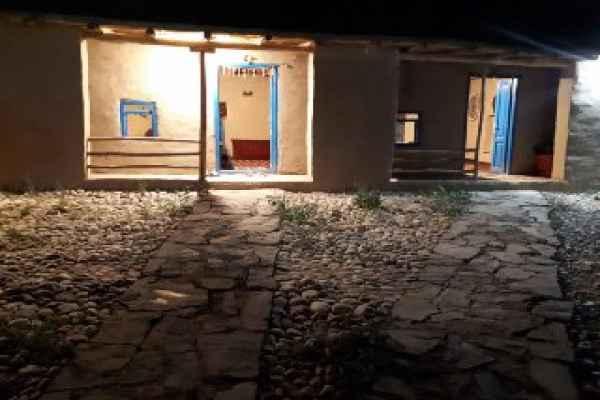 اقامتگاه  سنتی خشتی اتاق 1