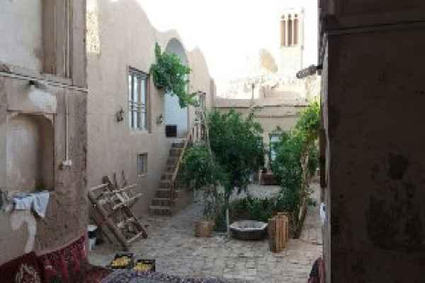 اقامتگاه اقامتگاه خواجه ابونصر ریابی اتاق 2