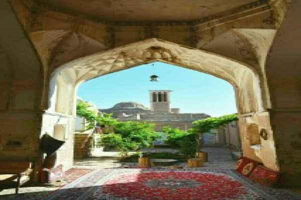 اقامتگاه اقامتگاه خواجه ابونصر ریابی اتاق 6