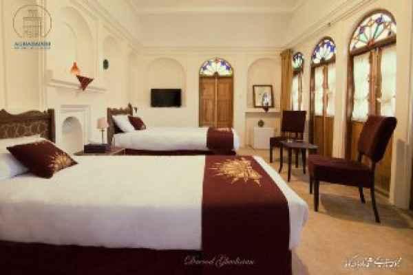 اقامتگاه آقازاده اتاق 1