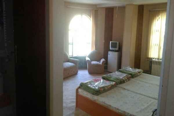 اقامتگاه هتل قصر احمدی سوئیت 22