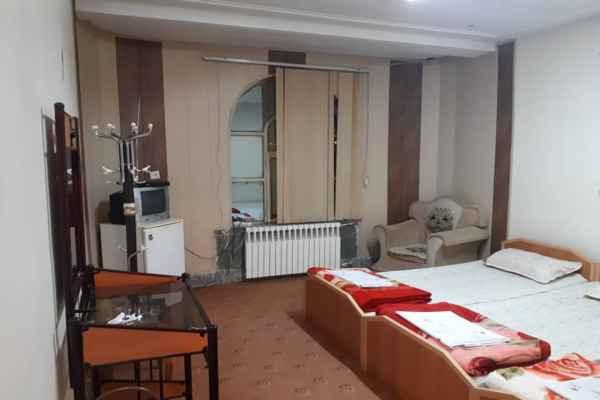 اقامتگاه هتل قصر احمدی سوئیت 25