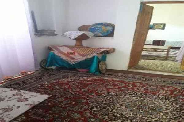 اقامتگاه کی خسرو اتاق 4