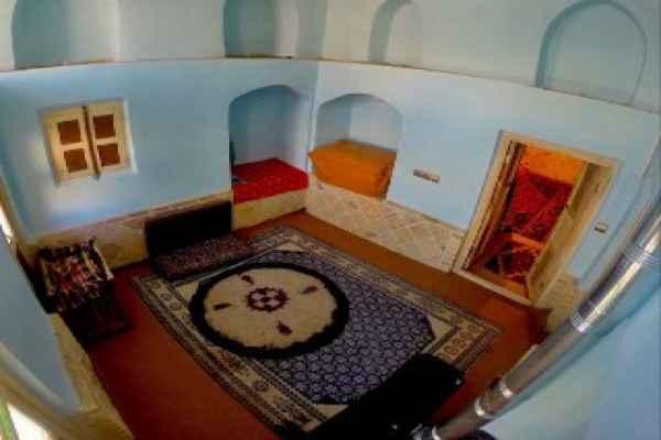 اقامتگاه برزوک اتاق شاه توت