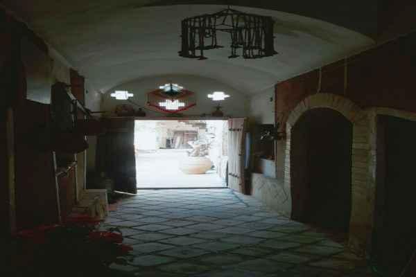 اقامتگاه اقبال اتاق 3