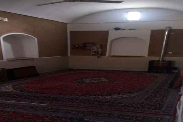 اقامتگاه اقبال اتاق 15