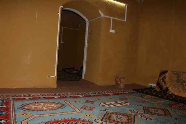Rent house in Kerman