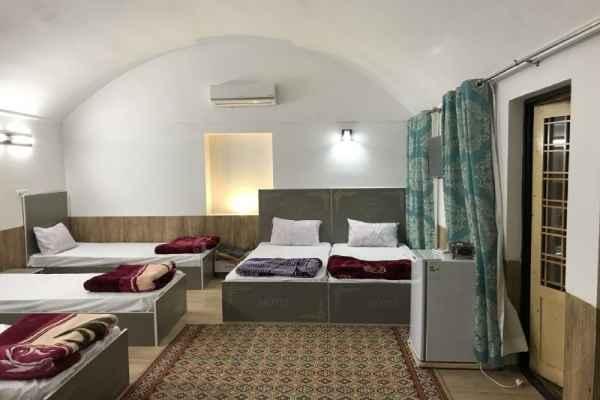 اقامتگاه الماس یزد  اتاق 106