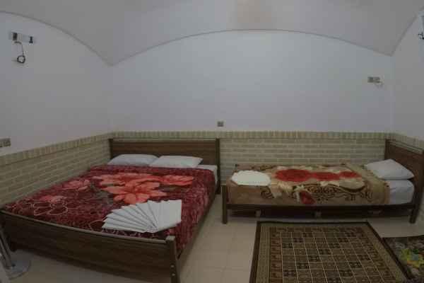 اقامتگاه سرای سنتی آمیرزا اتاق 108-تریپل