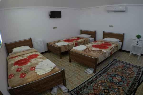 اقامتگاه سرای سنتی آمیرزا اتاق 110-تریپل