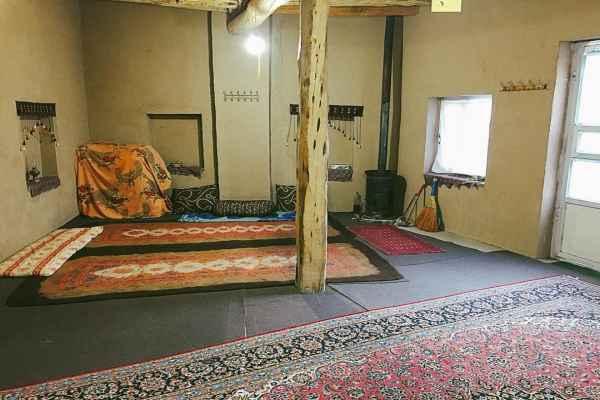 اقامتگاه خانه پدری اتاق 2
