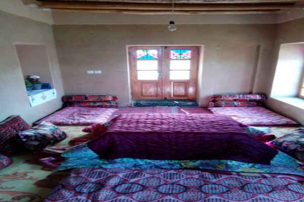 اقامتگاه قلعه مهرتوران5