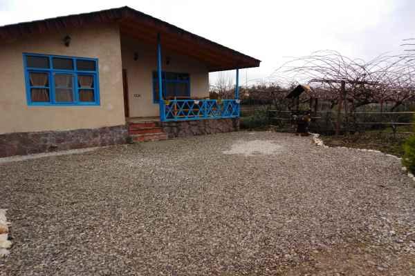 اقامتگاه کلبه سنتی گل یاس